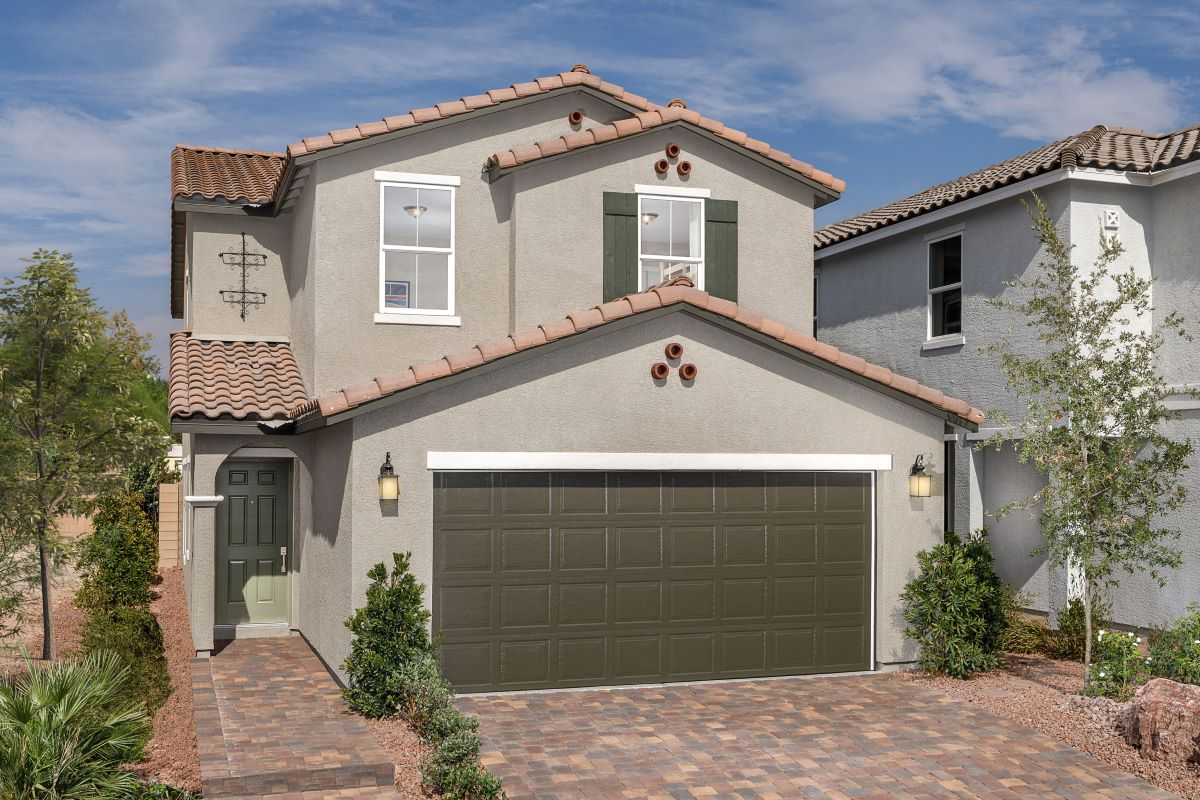 Browse new homes for sale in Saguaro