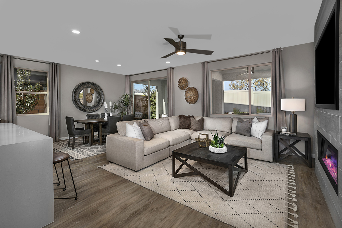 New Homes in Las Vegas, NV - Stonegate at Summerlin - Collection I Plan 2466 Great Room