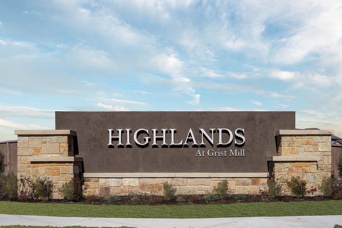 New Homes in Uhland, TX - Highlands at Grist Mill Community Entrance