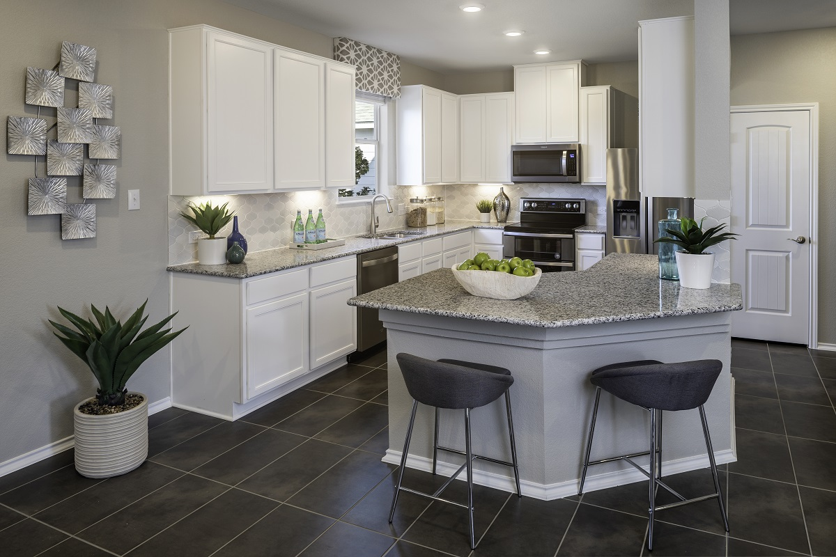 New Homes in Georgetown, TX - La Conterra - Heritage Collection Plan 1909 Kitchen