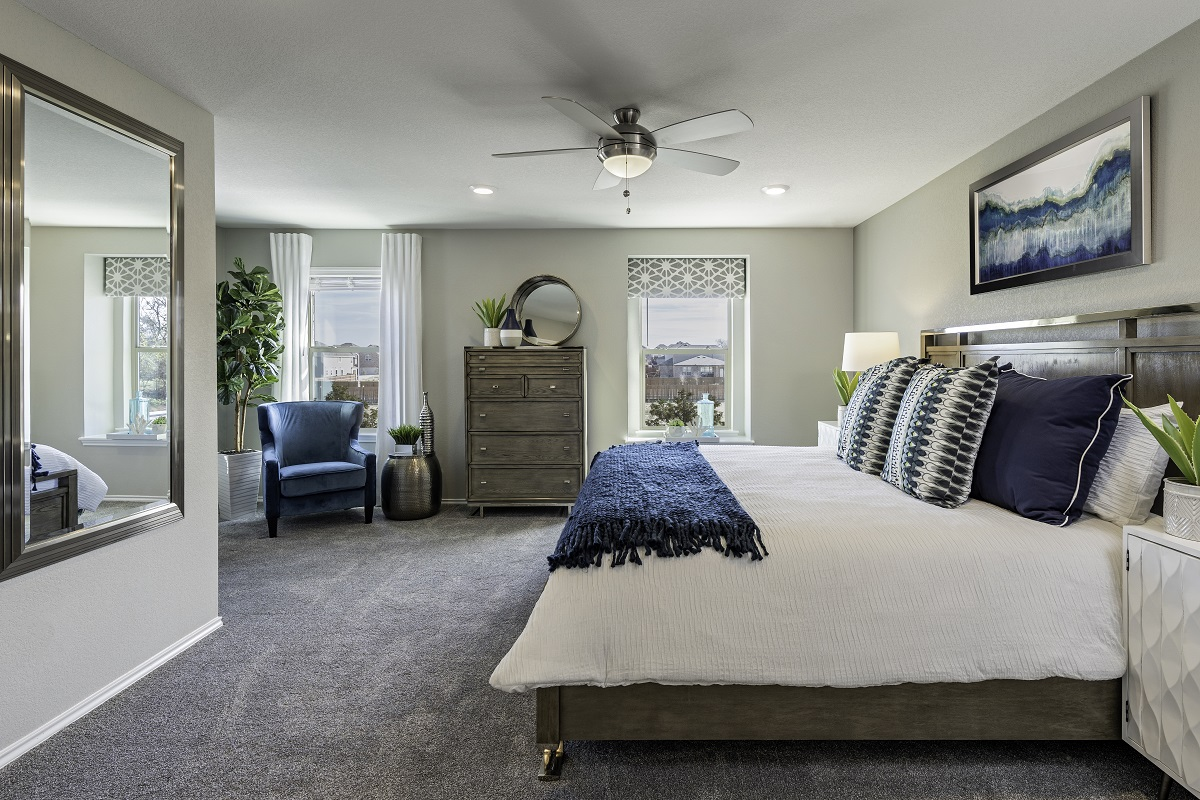 New Homes in Georgetown, TX - La Conterra - Heritage Collection Plan 1909 Master Bedroom