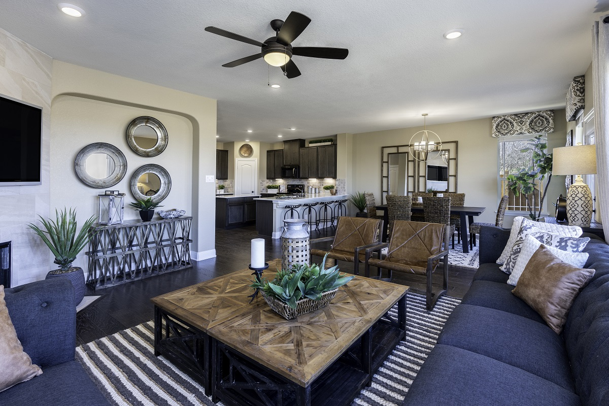 New Homes in Georgetown, TX - La Conterra - Heritage Collection Plan 2411 Great Room