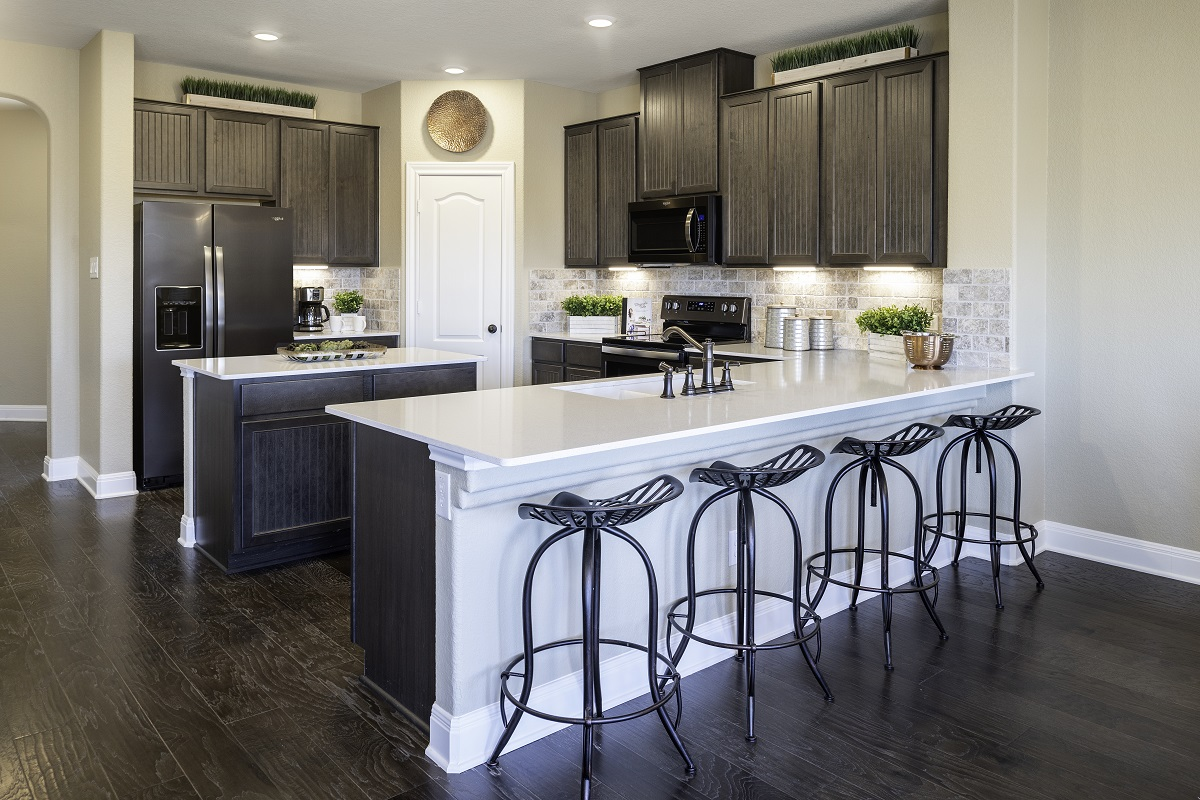 New Homes in Georgetown, TX - La Conterra - Heritage Collection Plan 2411 Kitchen