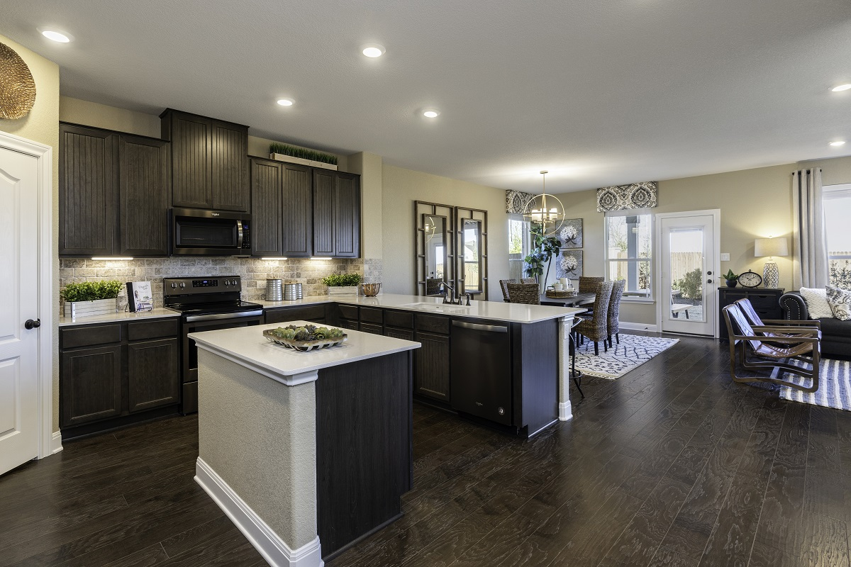 New Homes in Georgetown, TX - La Conterra - Heritage Collection Plan 2411 Kitchen and Dining
