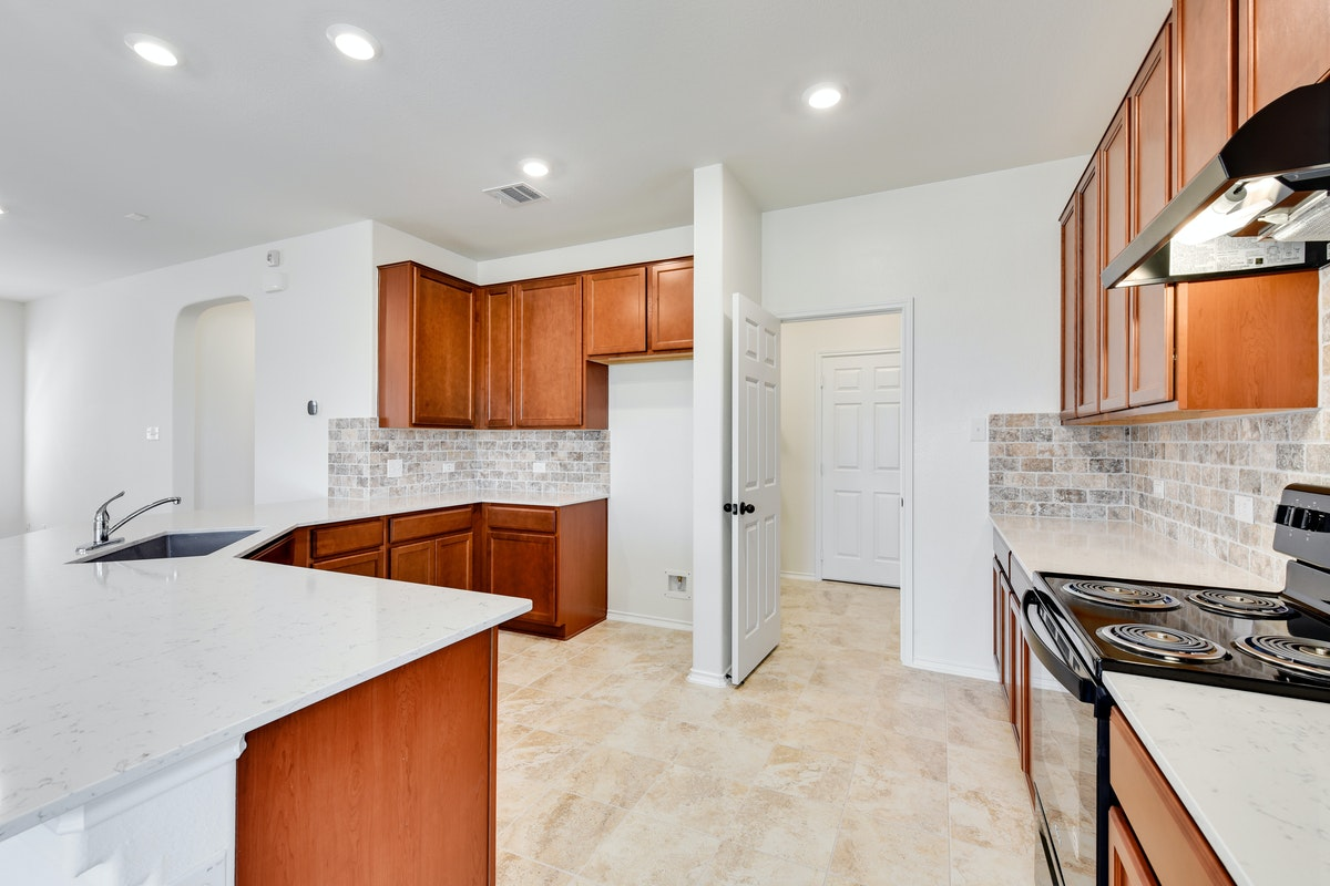 Homesite 27/H-2 Kitchen