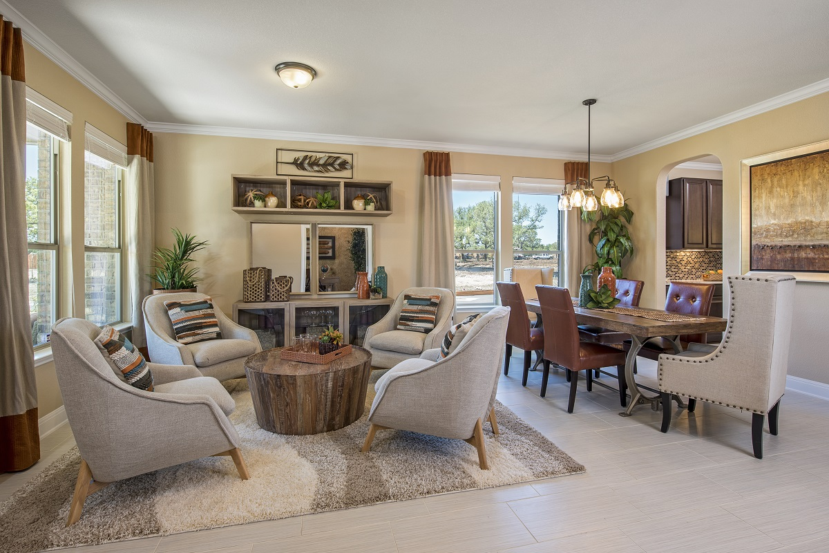 New Homes in Leander, TX - Mason Hills - The Lakes Hallmark Collection Plan L-3471 Living and Dining