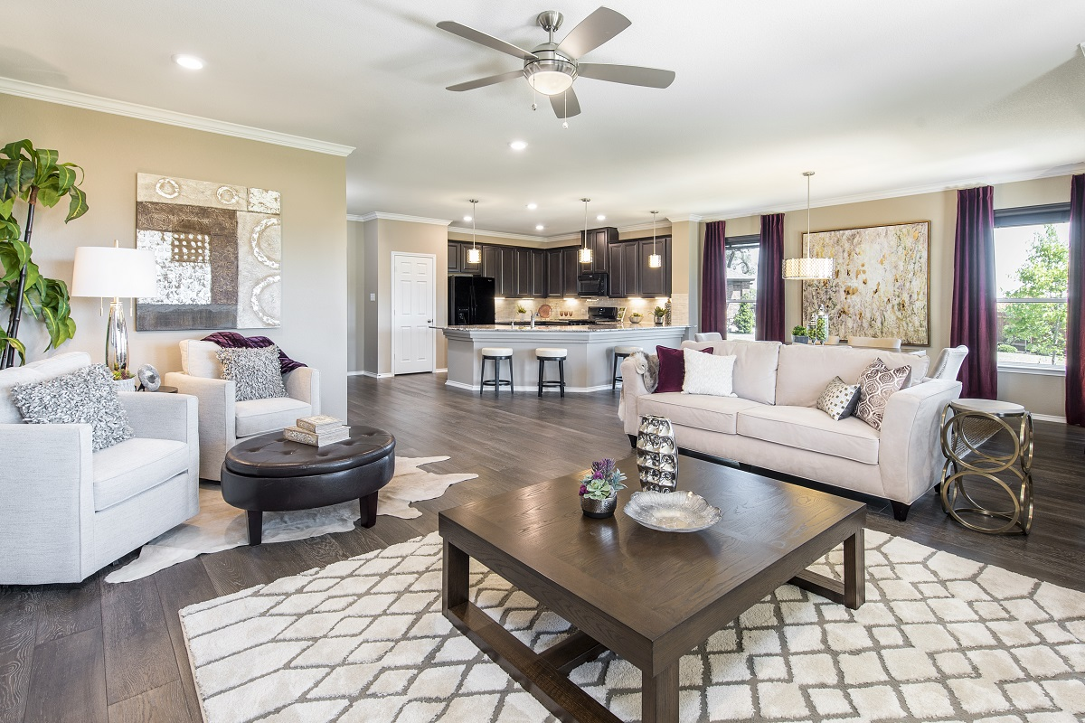 New Homes in Leander, TX - Mason Hills - The Lakes Hallmark Collection Plan A-2382 Great Room