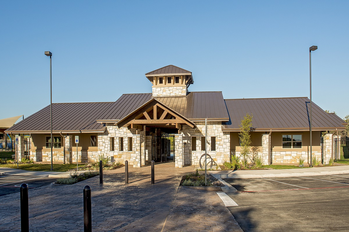 New Homes in Leander, TX - Mason Hills - The Lakes Hallmark Collection Mason Hills Amenity Center