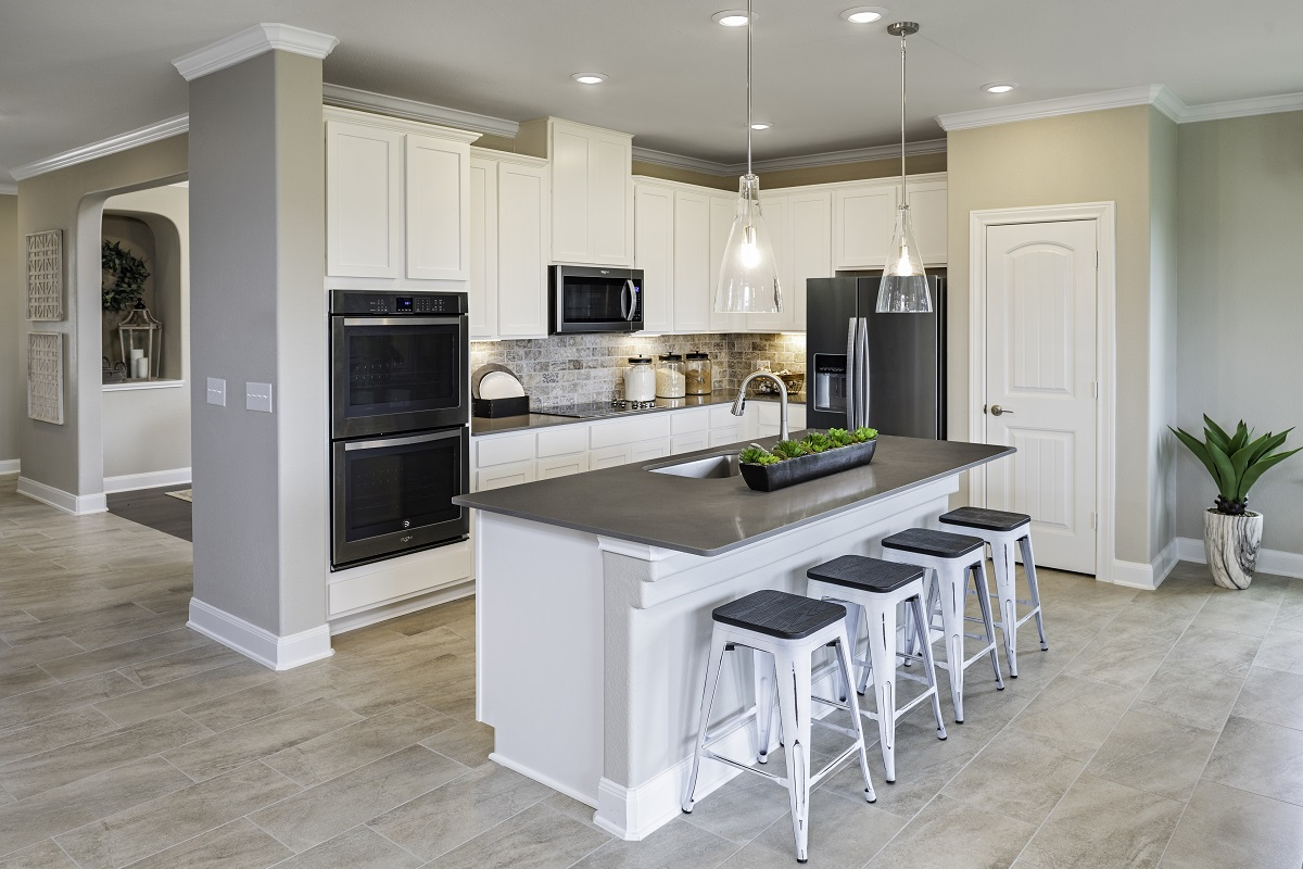 New Homes in Lockhart, TX - Meadows at Clearfork Plan 2502 Kitchen