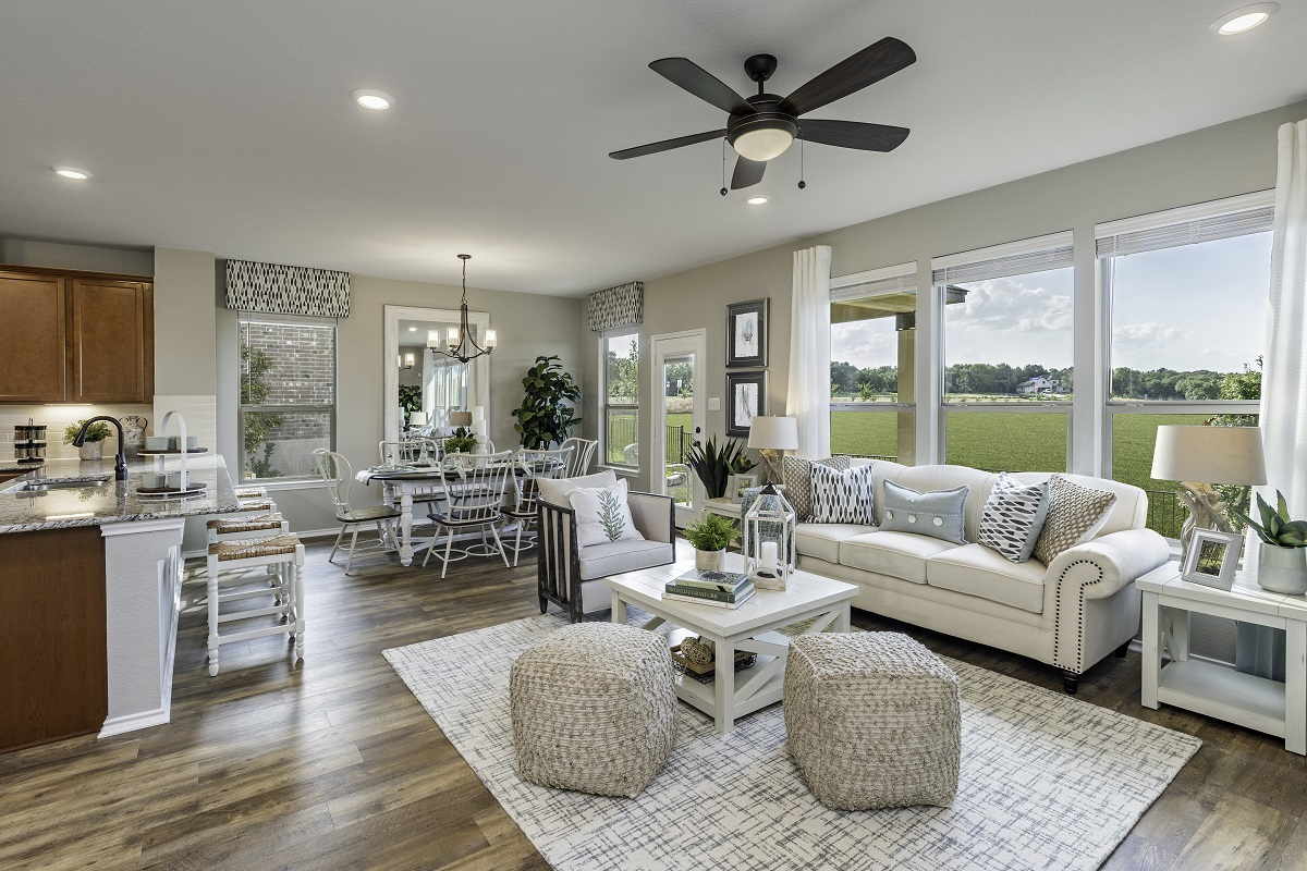 New Homes in Georgetown, TX - Oakmont Plan A-1675 Great Room