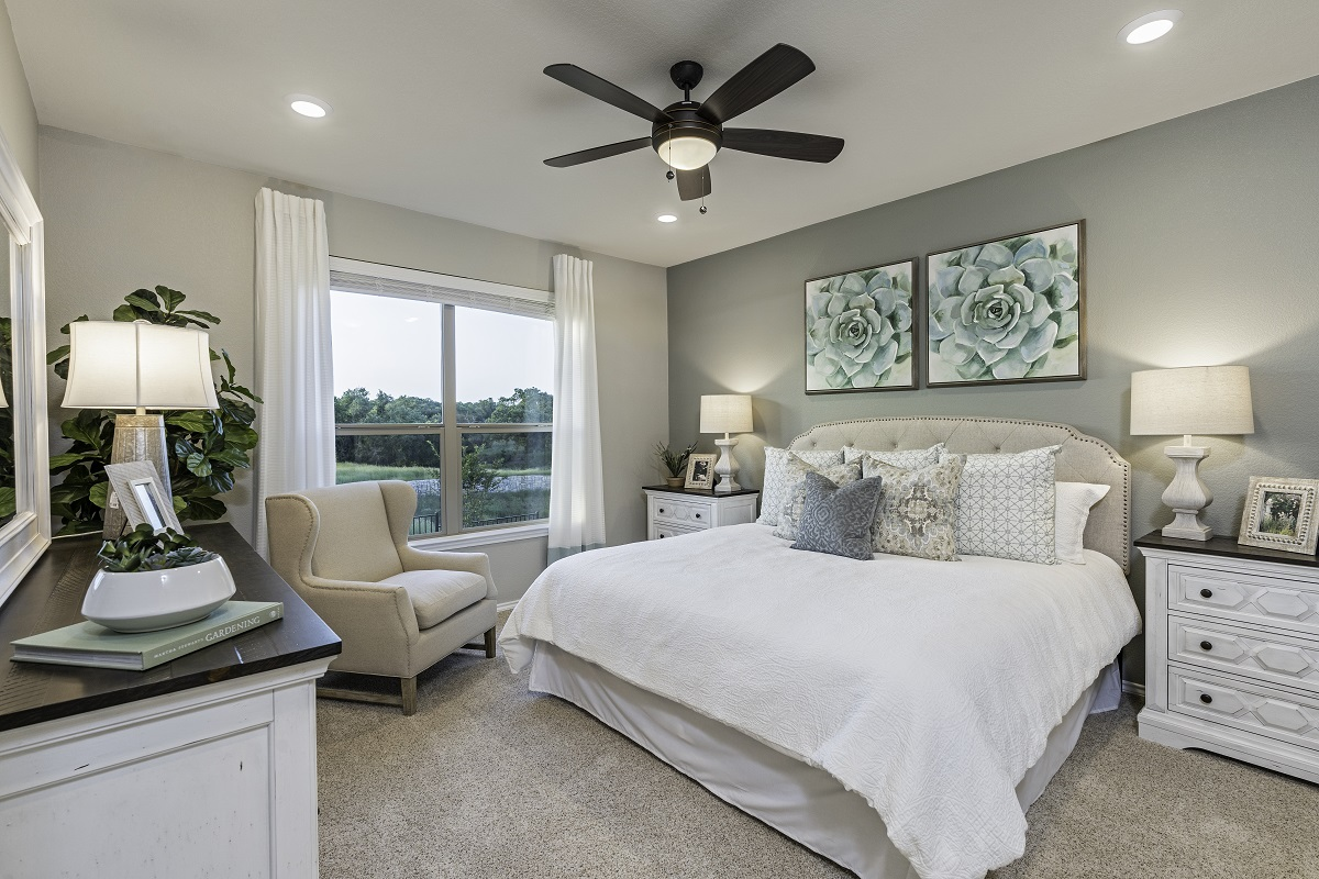 New Homes in Georgetown, TX - Oakmont Plan A-1675 Master Bedroom