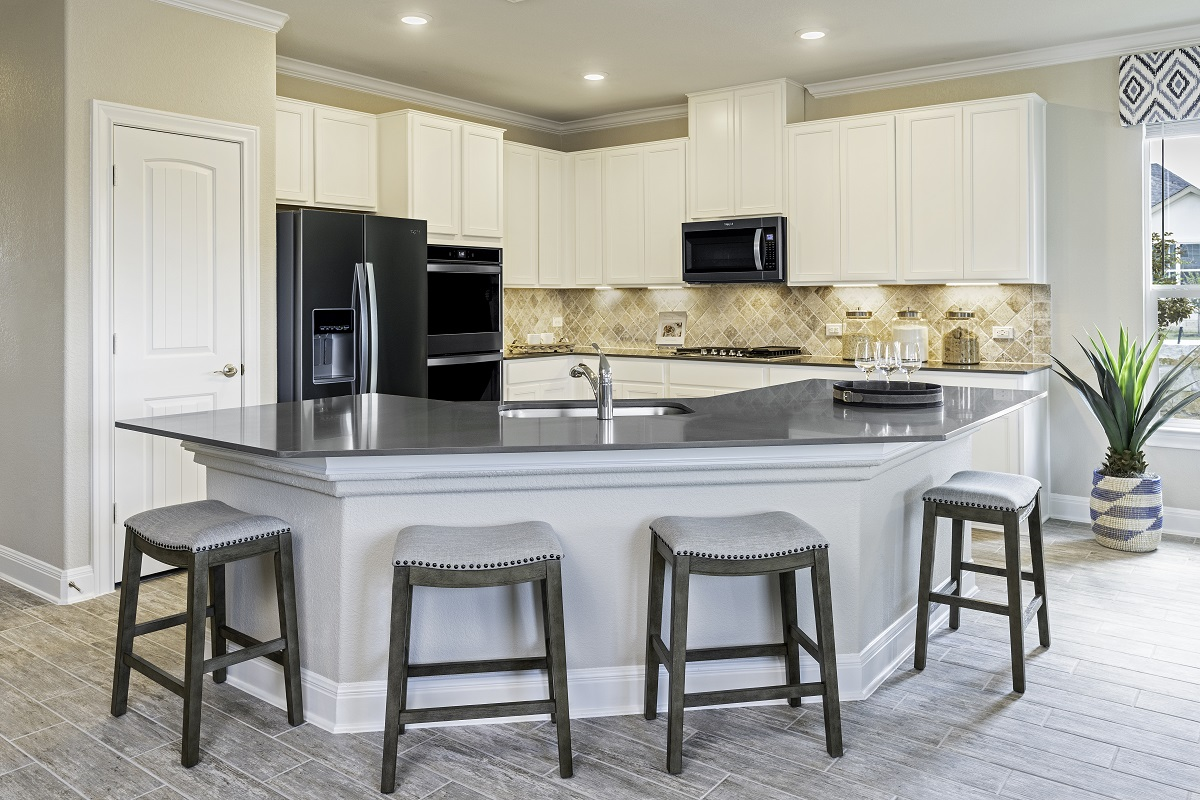 New Homes in Georgetown, TX - Oakmont Plan A-2502 Kitchen