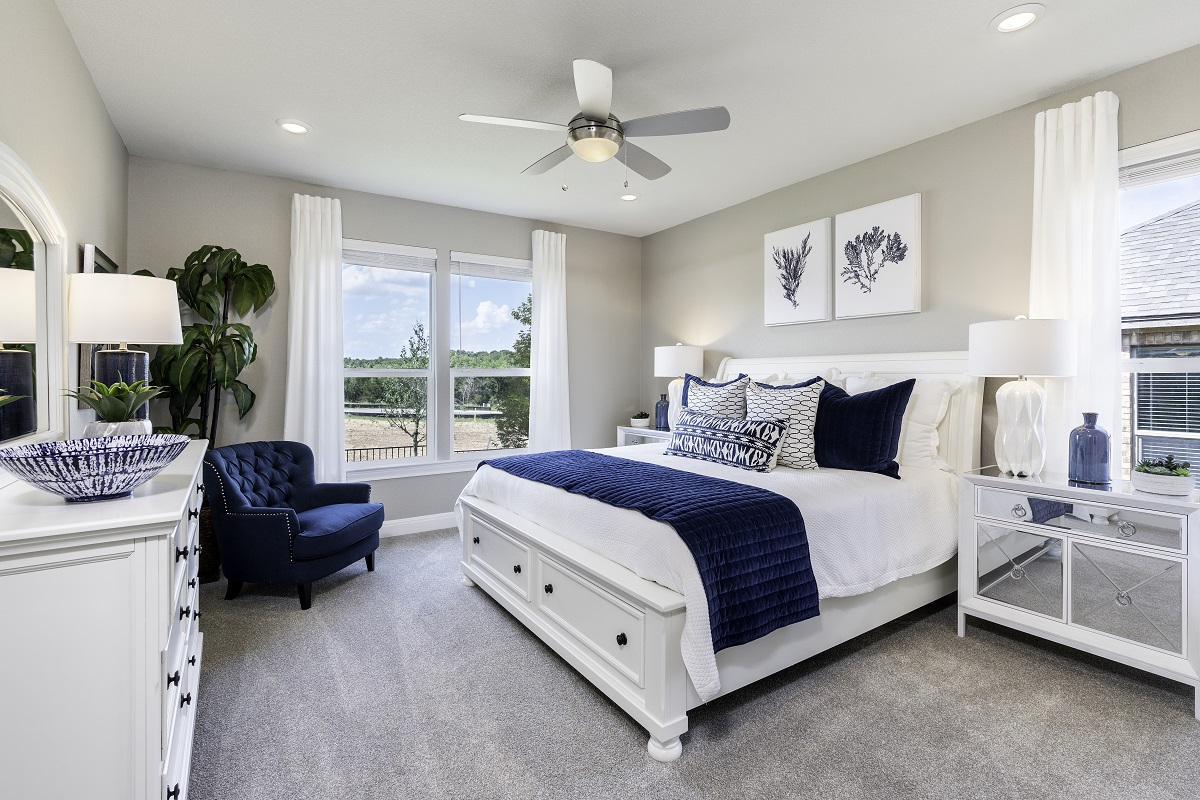 New Homes in Georgetown, TX - Oakmont Plan A-2502 Master Bedroom