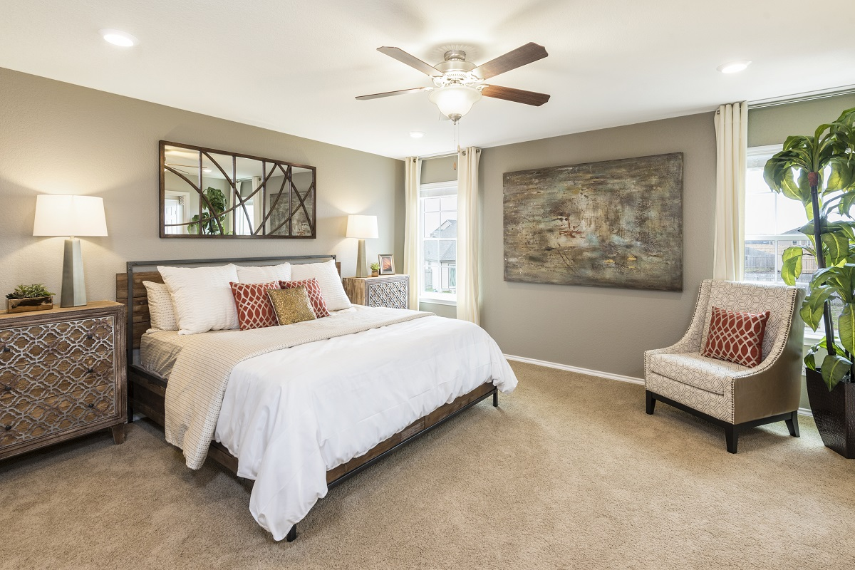 New Homes in Manor, TX - Presidential Meadows - Heritage Collection Plan F-2038 Master Bedroom