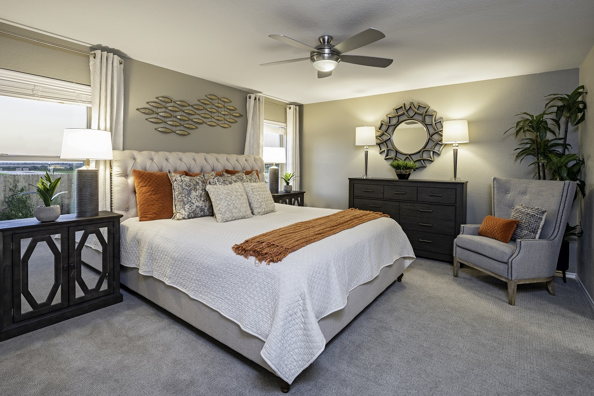 New Homes in Elgin, TX - Saratoga Farms Plan A-1491 Master Bedroom