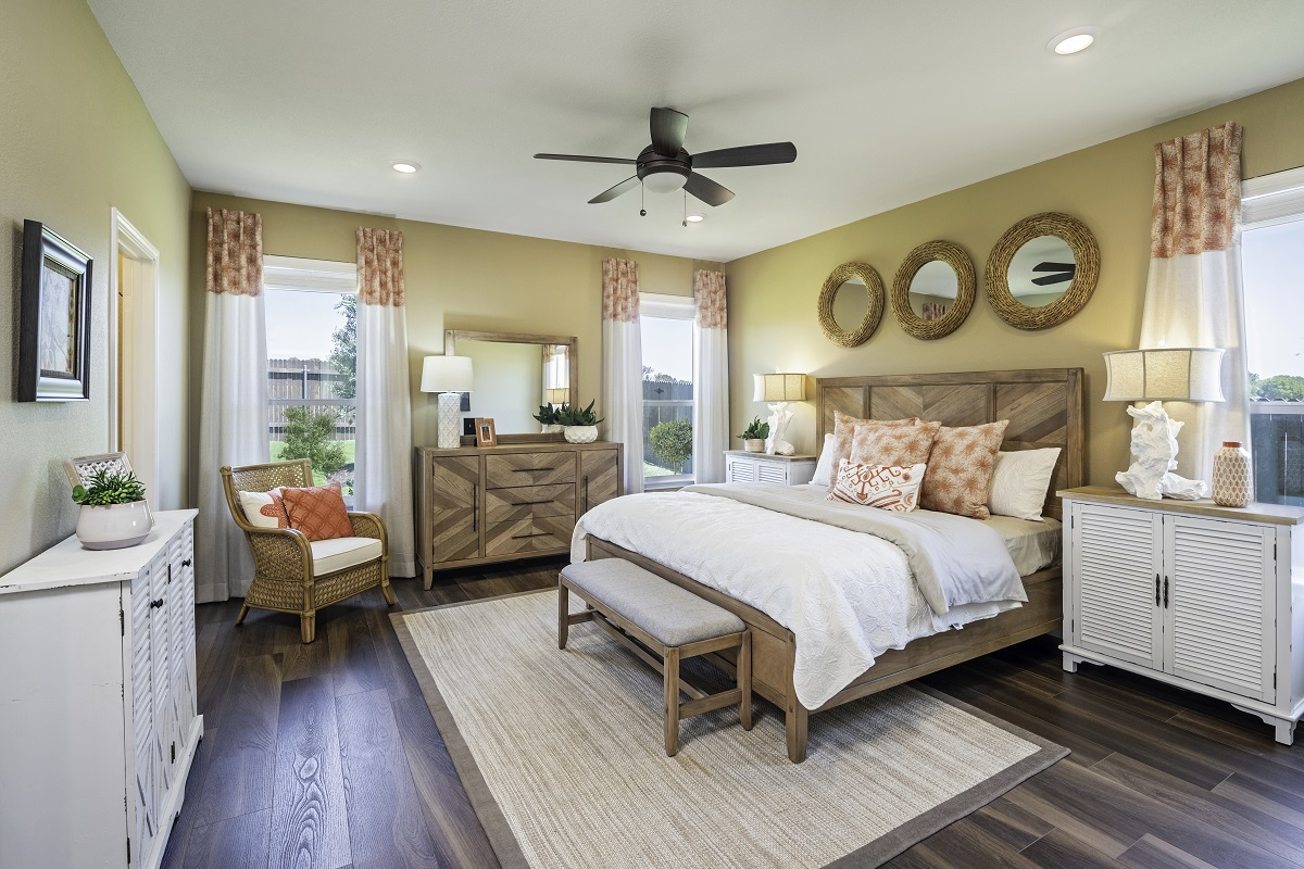 New Homes in Kyle, TX - Stagecoach Crossing Plan A-2089 Master Bedroom