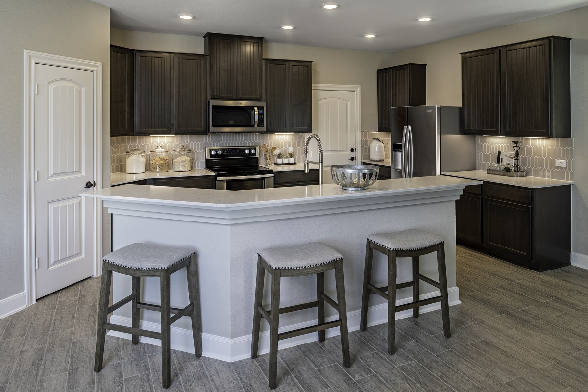 New Homes in Kyle, TX - Stagecoach Crossing Plan E-2403 Kitchen