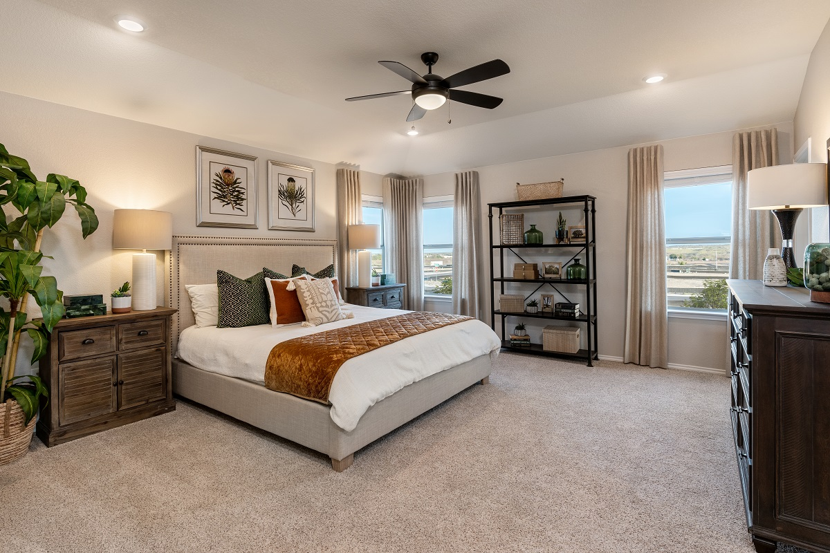 New Homes in Del Valle, TX - Sundance Crossing Plan 2411 Master Bedroom