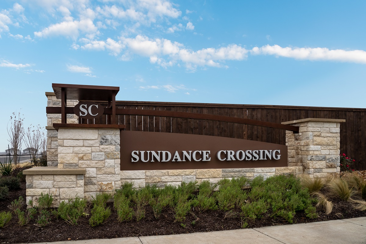 New Homes in Del Valle, TX - Sundance Crossing Community Entrance