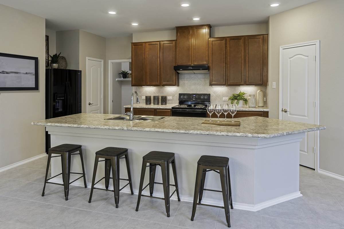 New Homes in Kyle, TX - Sunset Hills Plan E-1591 Kitchen