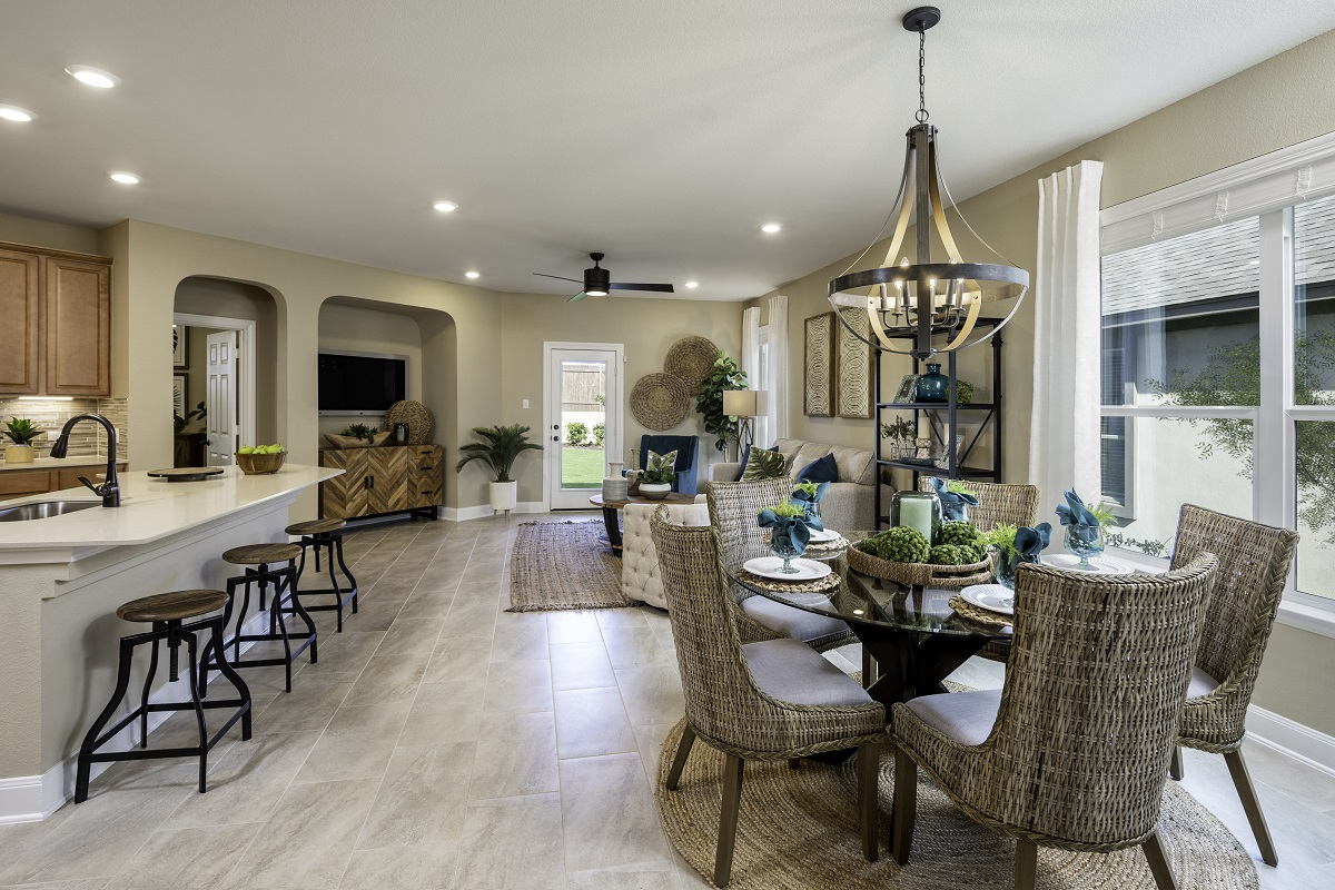 New Homes in Kyle, TX - Sunset Hills Plan E-2412 Great Room