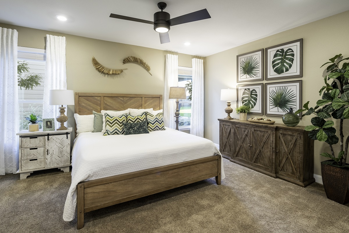 New Homes in Kyle, TX - Sunset Hills Plan E-2412 Master Bedroom