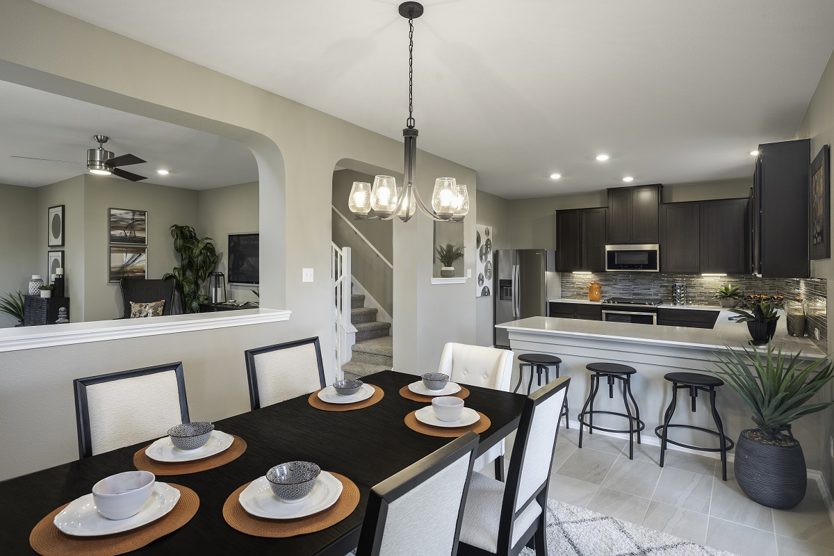 New Homes in Hutto, TX - Villas at Star Ranch Plan F-2038 Dining Room and Kitchen