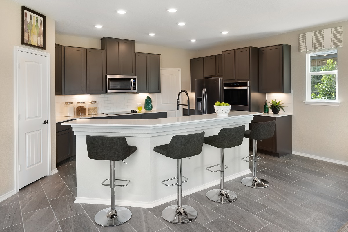 New Homes in Austin, TX - Willow Trace Plan 2403 Kitchen