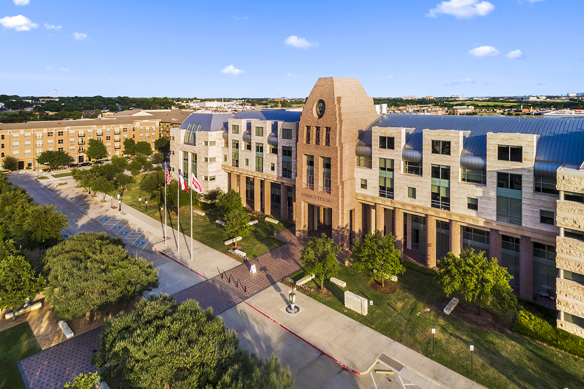 New Homes in Frisco, TX - Retreat at Stonebriar Frisco Square