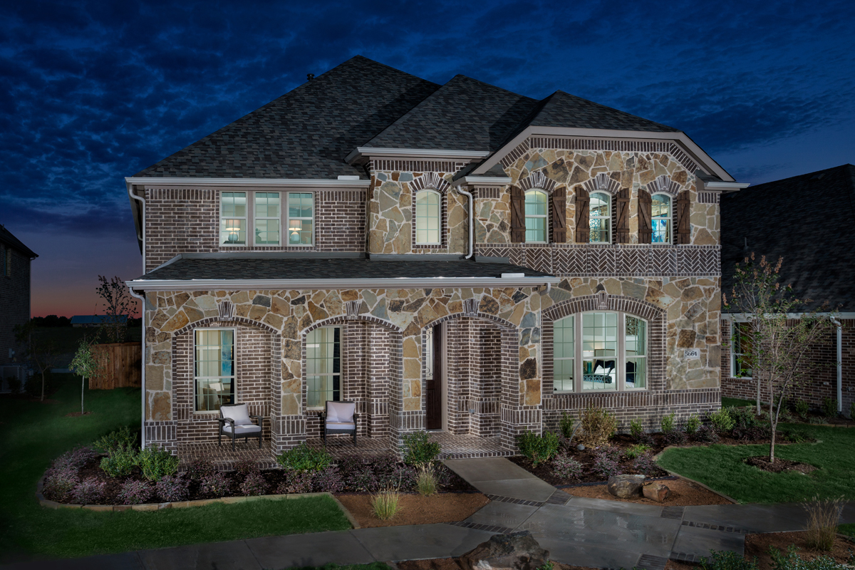 New Homes in Frisco, TX - Plan 3149 Modeled