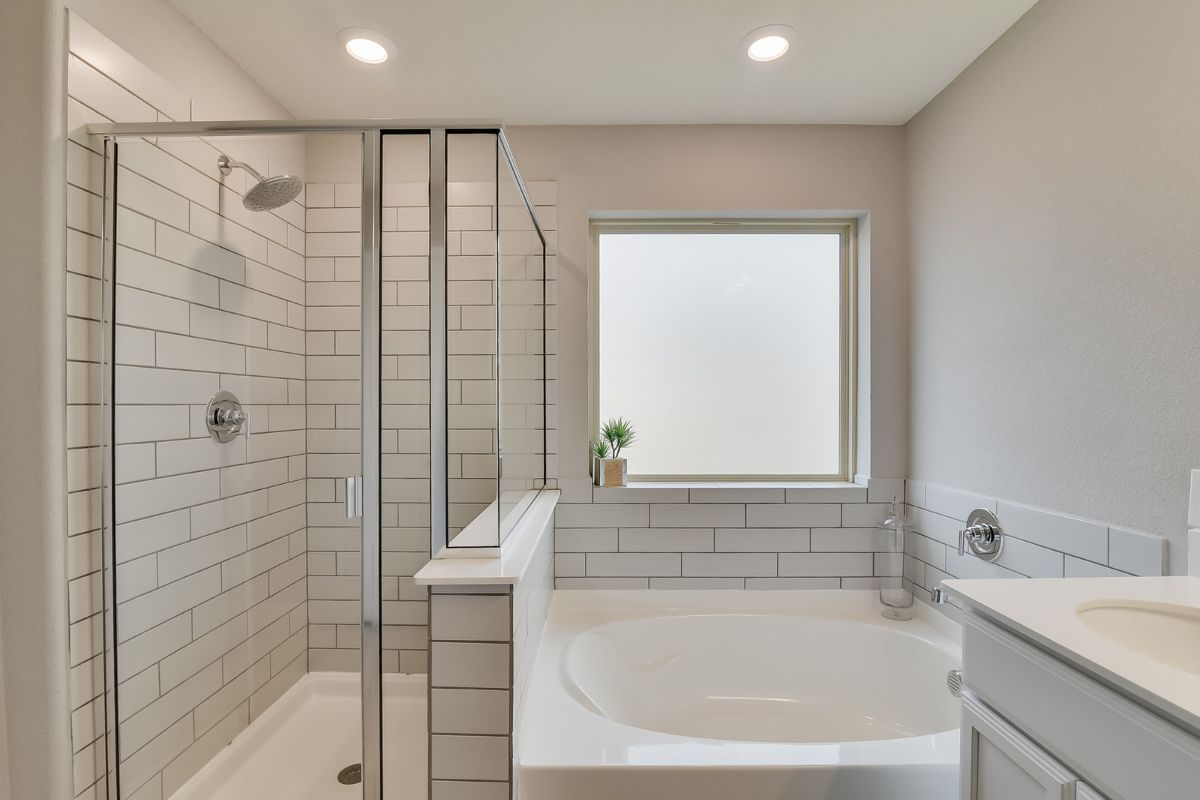 Homesite 10-B-1 Master Bathroom