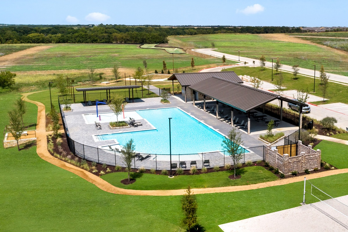 New Homes in Aubrey, TX - Winn Ridge Community Pool
