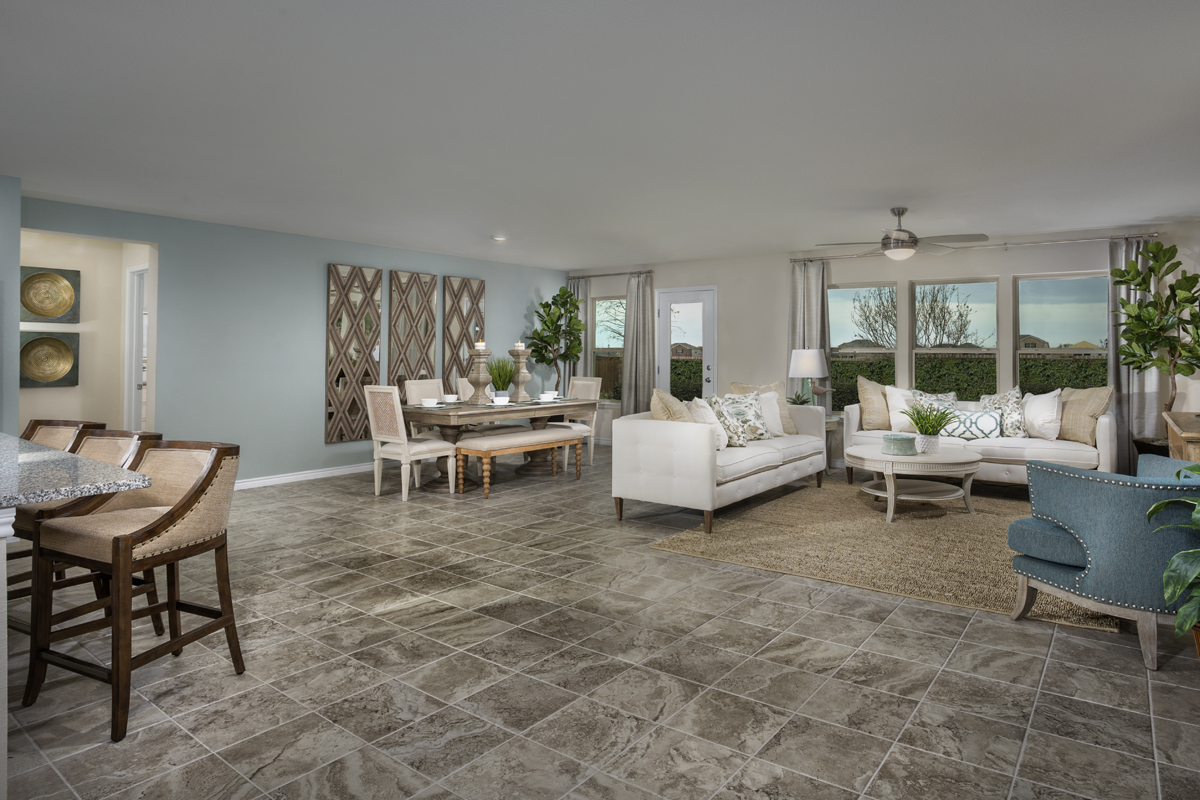 New Homes in Aubrey, TX - Winn Ridge Plan 2085 Great Room
