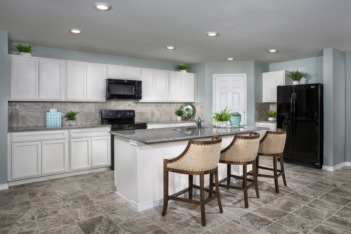 New Homes in Aubrey, TX - Winn Ridge Plan 2085 Kitchen