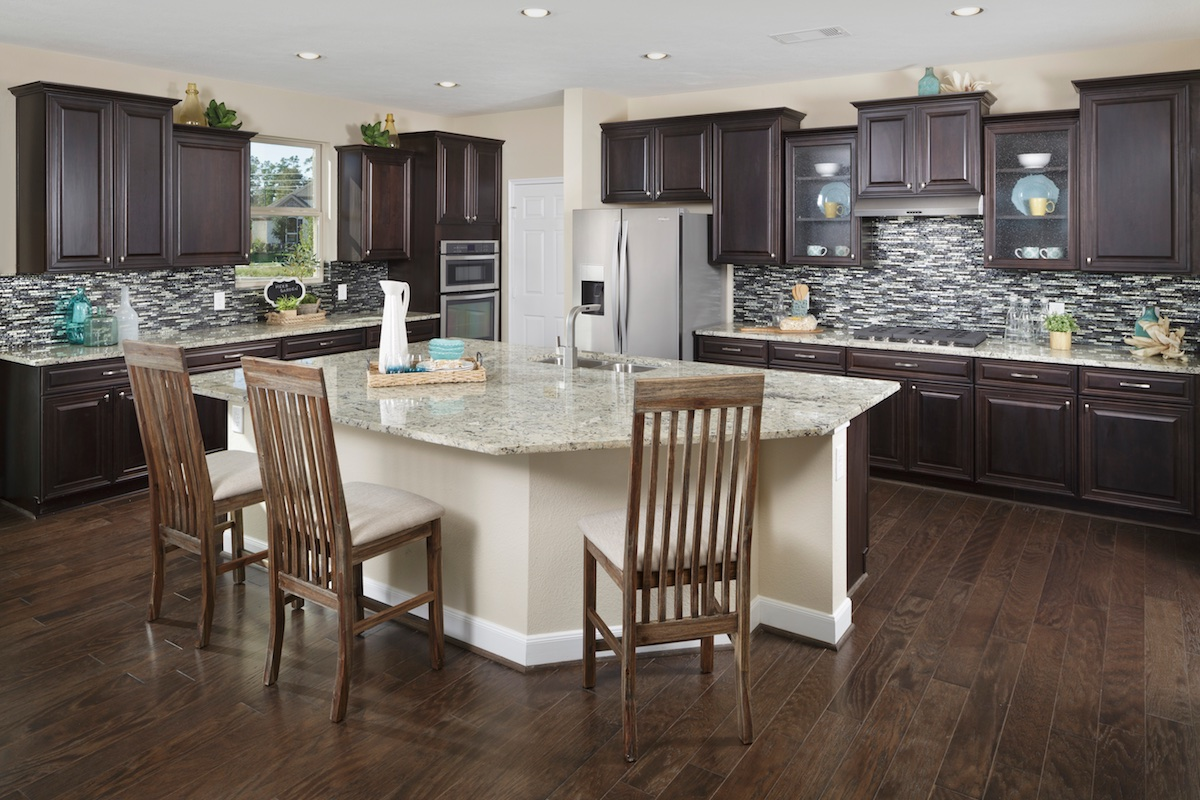 New Homes in Houston, TX - Lakewood Pines Estates Plan 4811 Kitchen