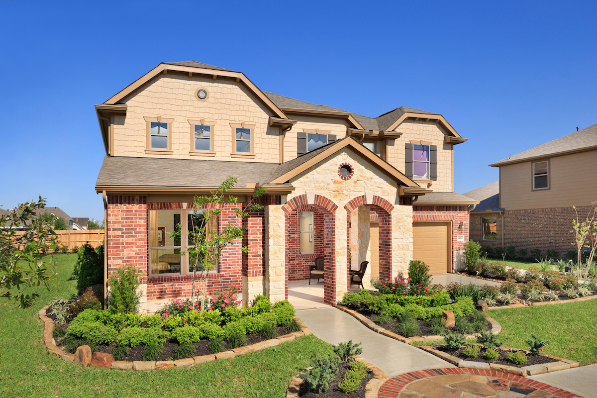 KB model home in Pearland, TX