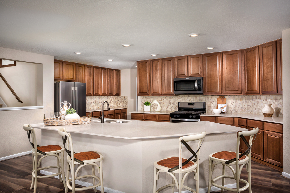New Homes in Rosenberg, TX - Bryan Crossing Plan 2590 Kitchen