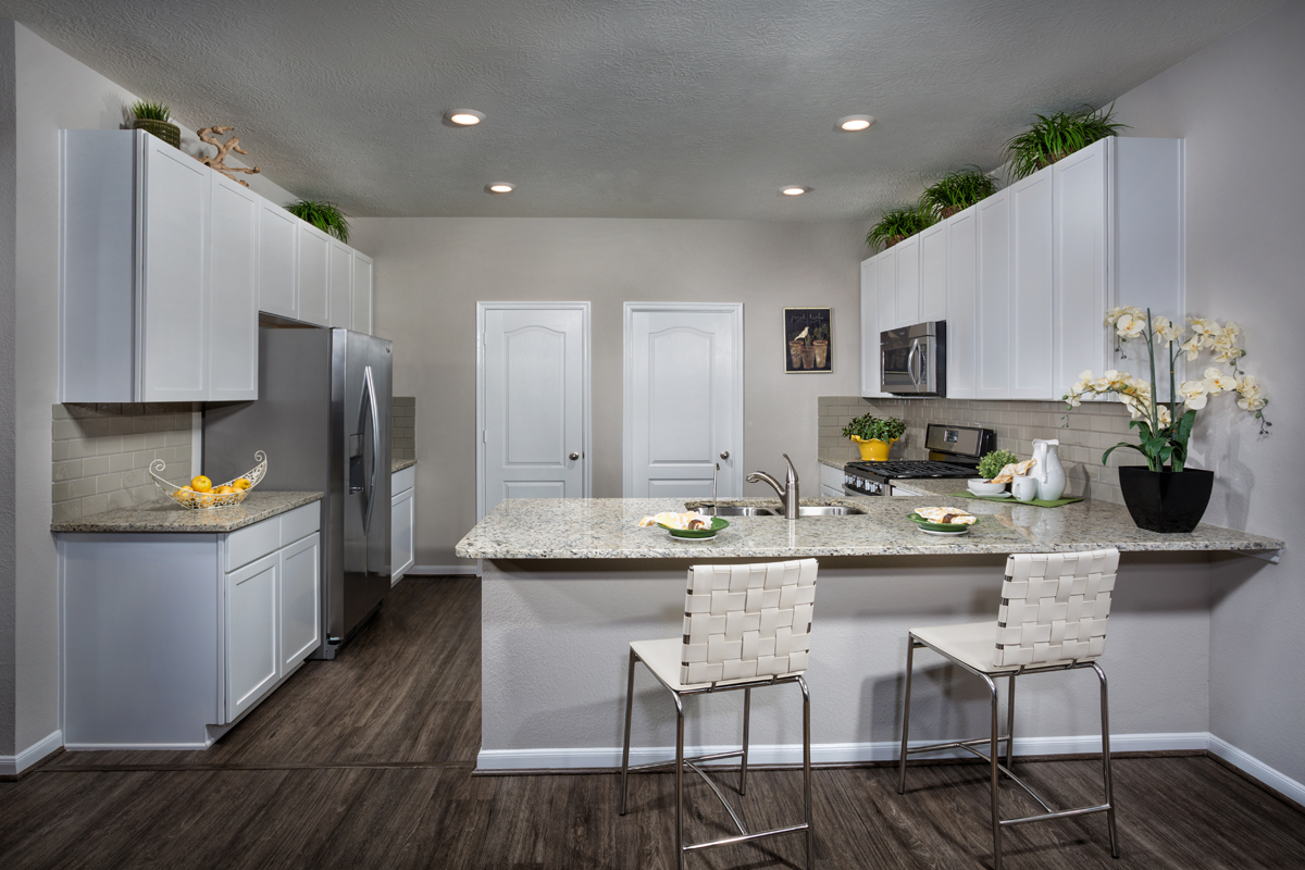 New Homes in Houston, TX - Cedar Brook Plan 1930 Kitchen