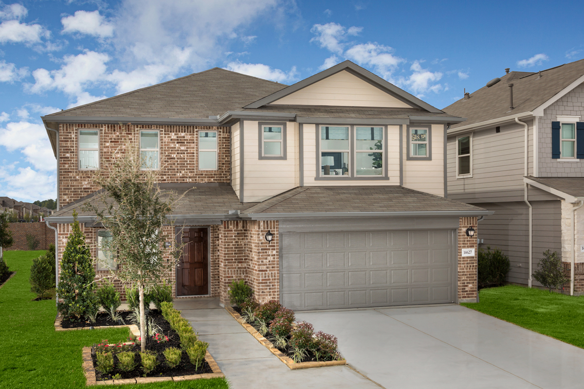 New Homes in Houston, TX - Plan 2372 Modeled