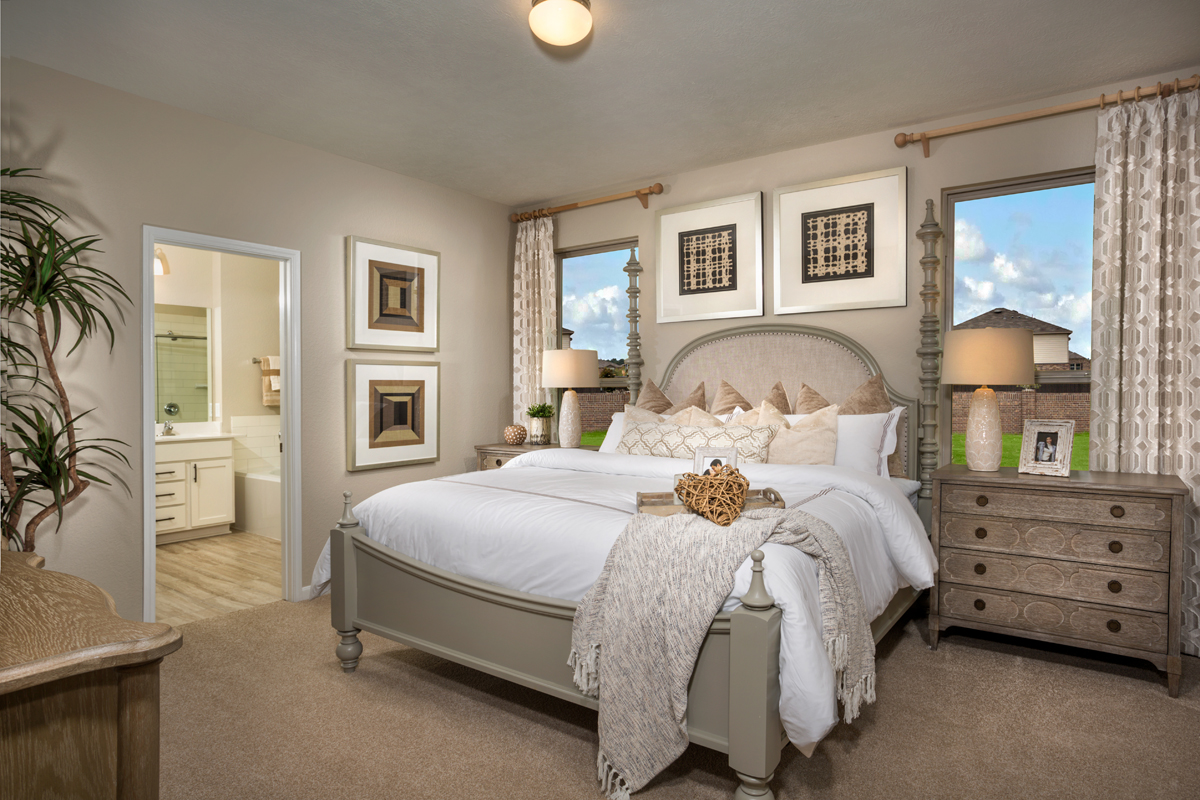 New Homes in Texas City, TX - Vida Costera Plan 2596 Owner's Suite as modeled at Cypress Creek Landing