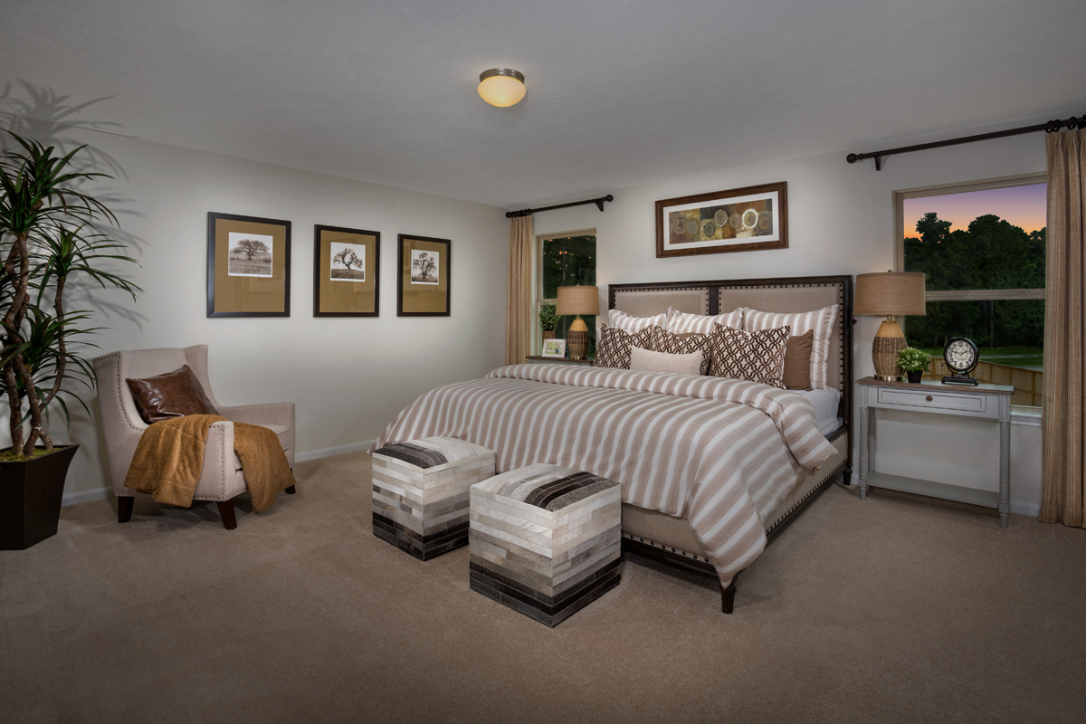 New Homes in Houston, TX - Mills Creek Crossing Plan 2124 Master Bedroom