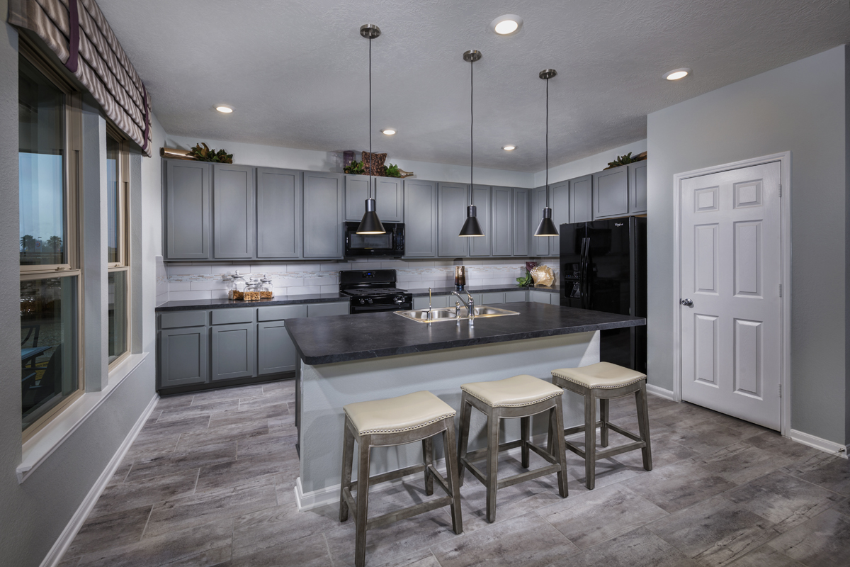 New Homes in Houston, TX - Mills Creek Crossing Plan 2910 Kitchen