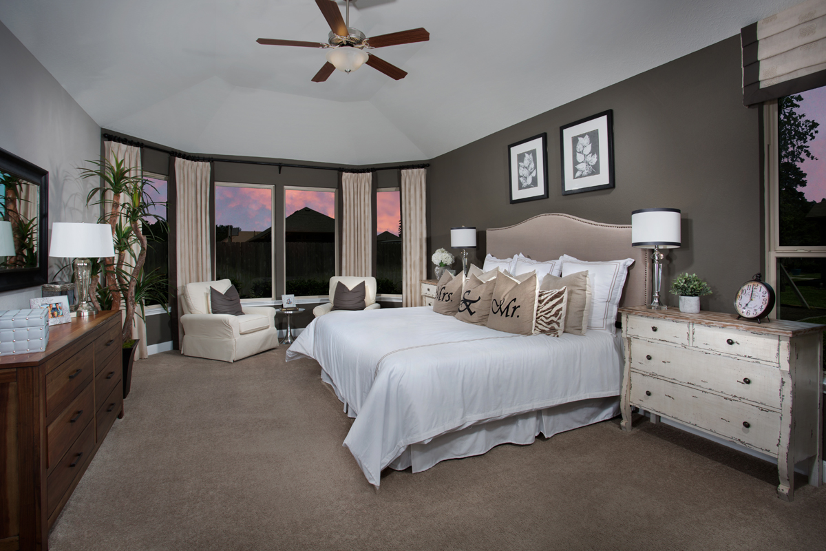 New Homes in Humble, TX - Rivergrove Plan 3028 Master Suite