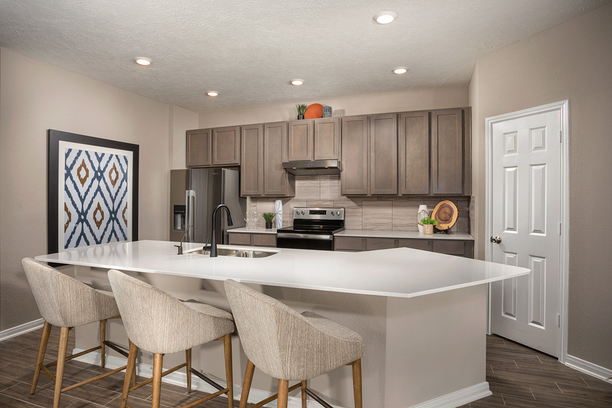 New Homes in Iowa Colony, TX - Sierra Vista Plan 1889 Kitchen