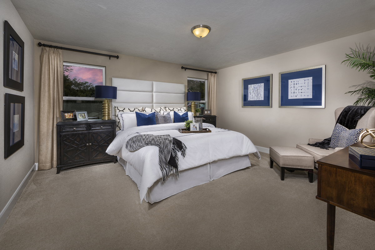 New Homes in Houston, TX - Villas at Spring Shadows Plan 2080 Master Suite