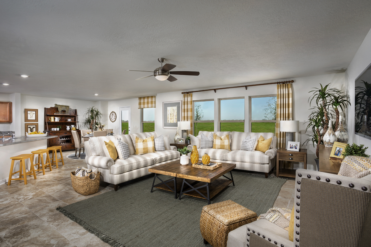 New Homes in Katy, TX - The Meadows at Westfield Village Plan 2961 Great Room - Alternate View