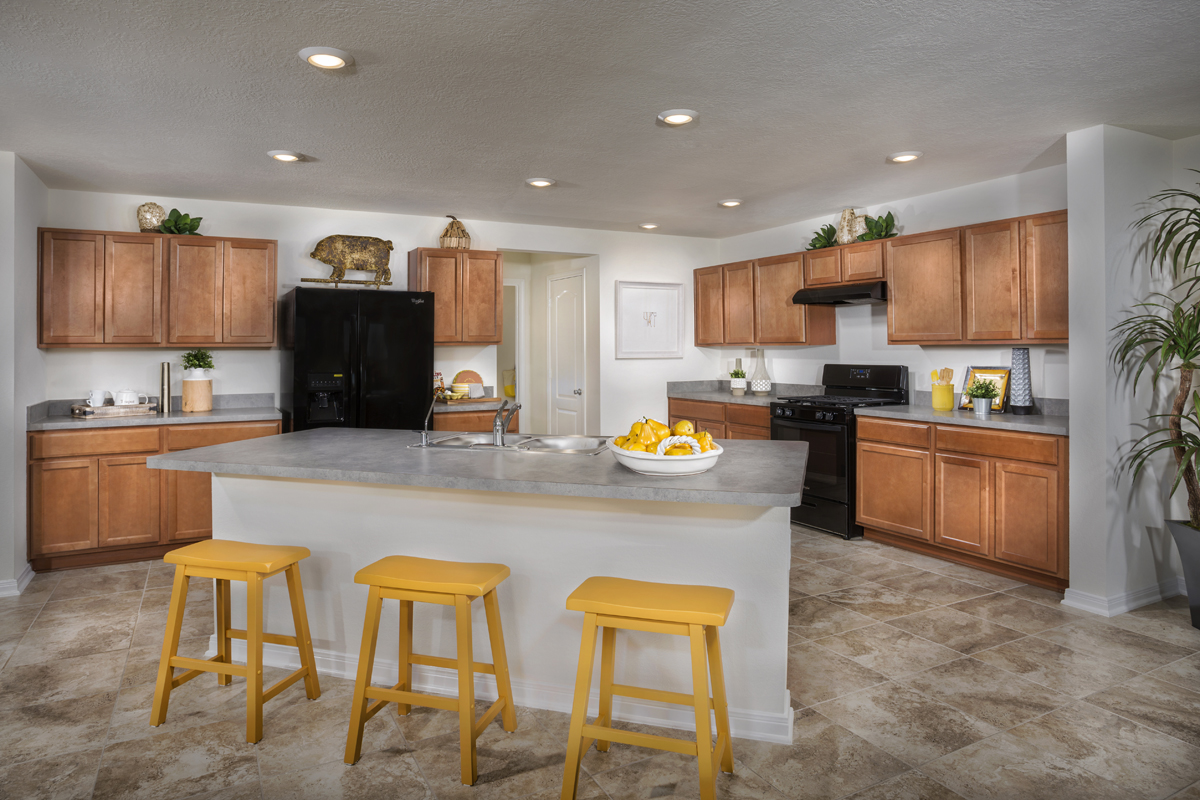 New Homes in Katy, TX - The Meadows at Westfield Village Plan 2961 Kitchen