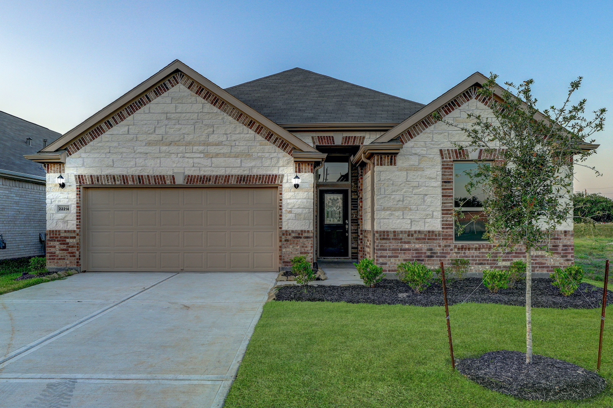 New KB quick-move-in homes available at Williams Ranch Preserve in Richmond, TX.  is one of many quick-move-in homes to choose from.