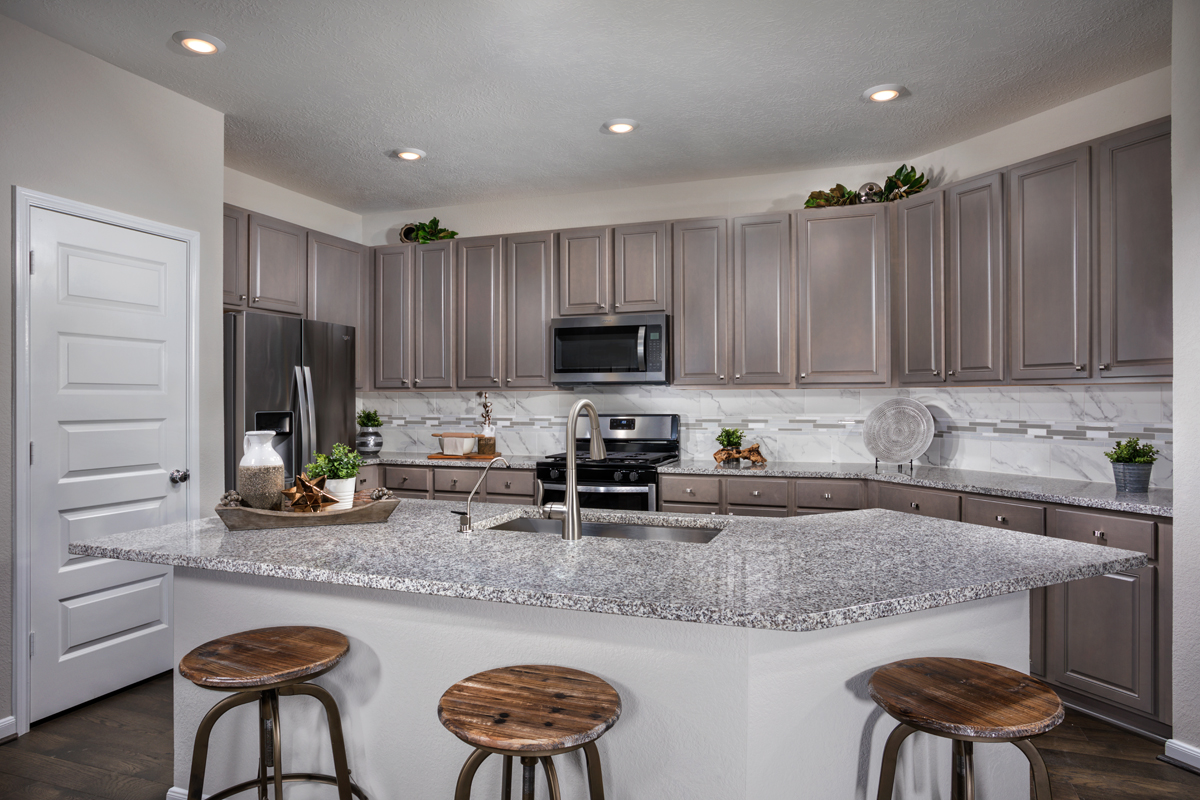 New Homes in Houston, TX - Willow Wood Place Plan 1585 Kitchen