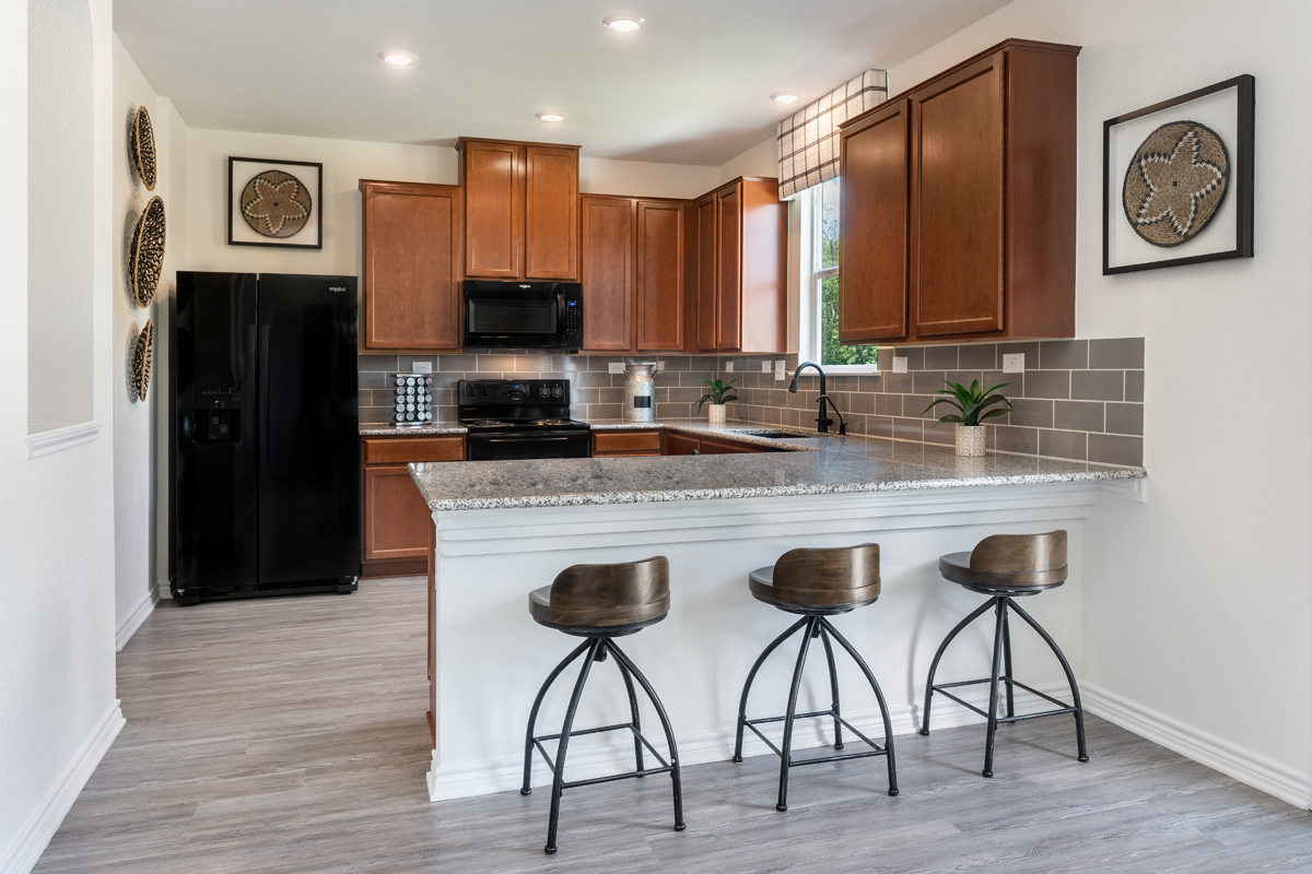 New Homes in San Antonio, TX - Clearcreek The 2088 Kitchen